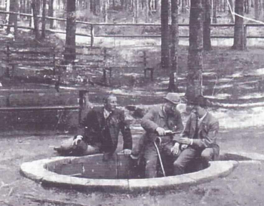 """""""Sommerfrischler"""" an der Schwarza-Quelle"""