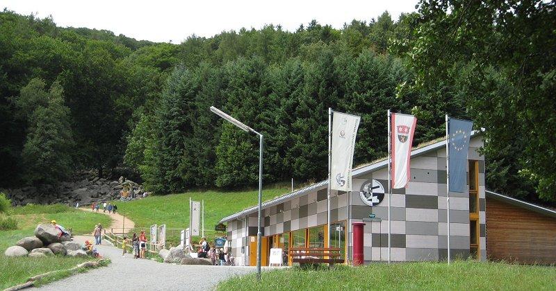 Geopark Bergstraße-Odenwald: LEADER Projekt Infocenter Felsenmeer